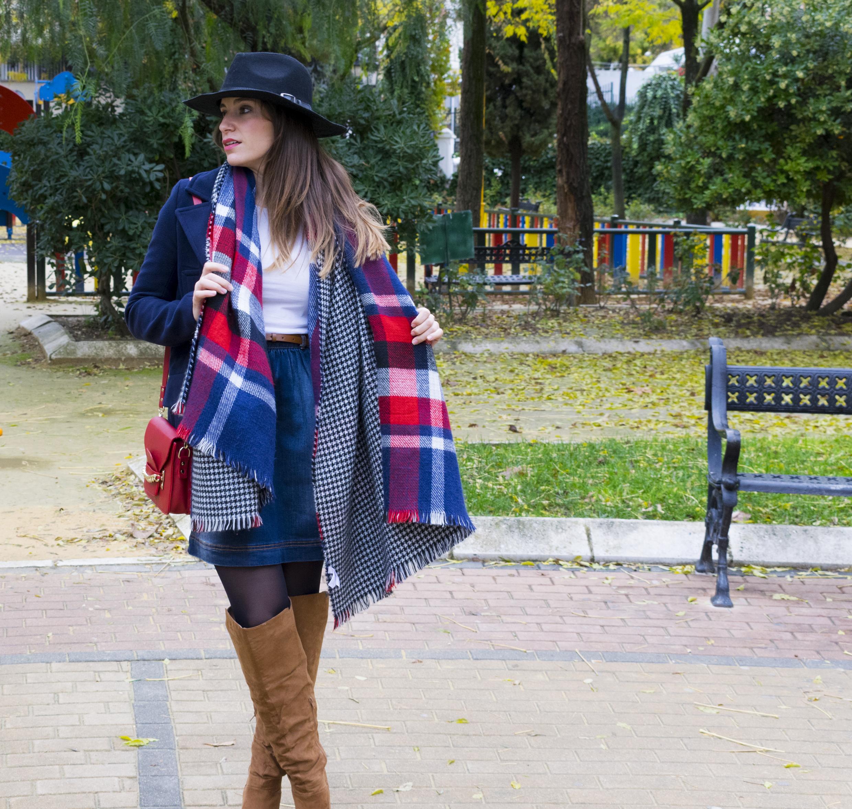 outfit-abrigo-sombrero-24