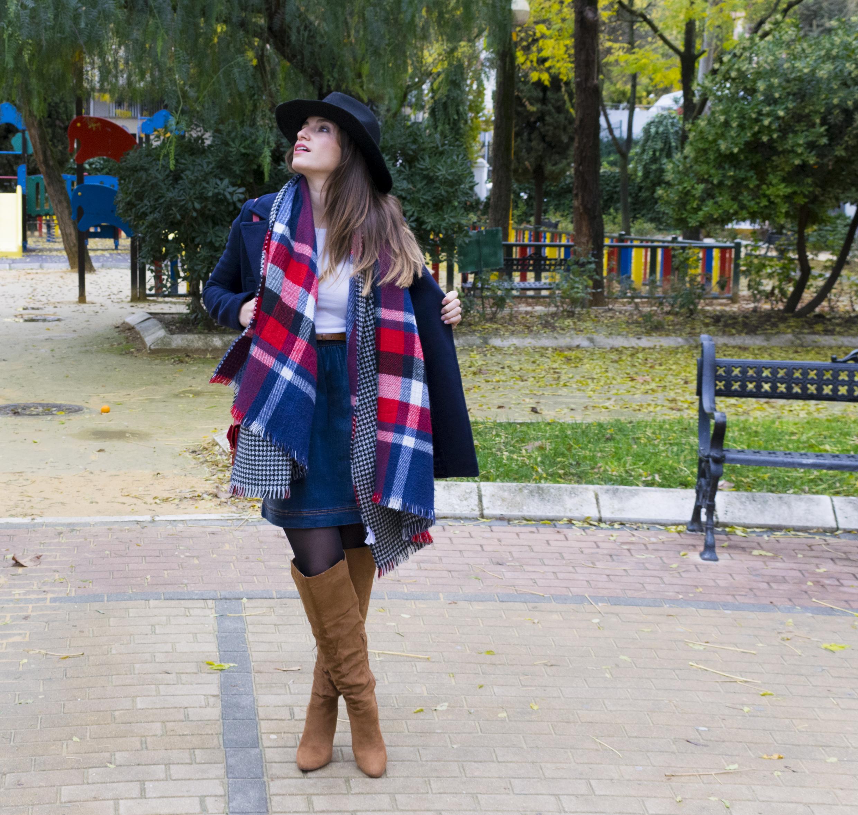 outfit-abrigo-sombrero-25