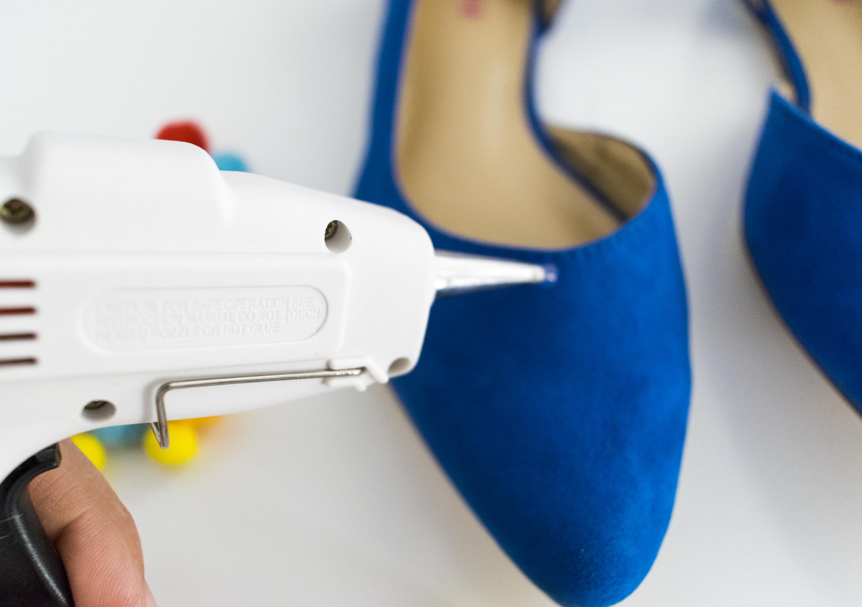 Pompones-shoes-2