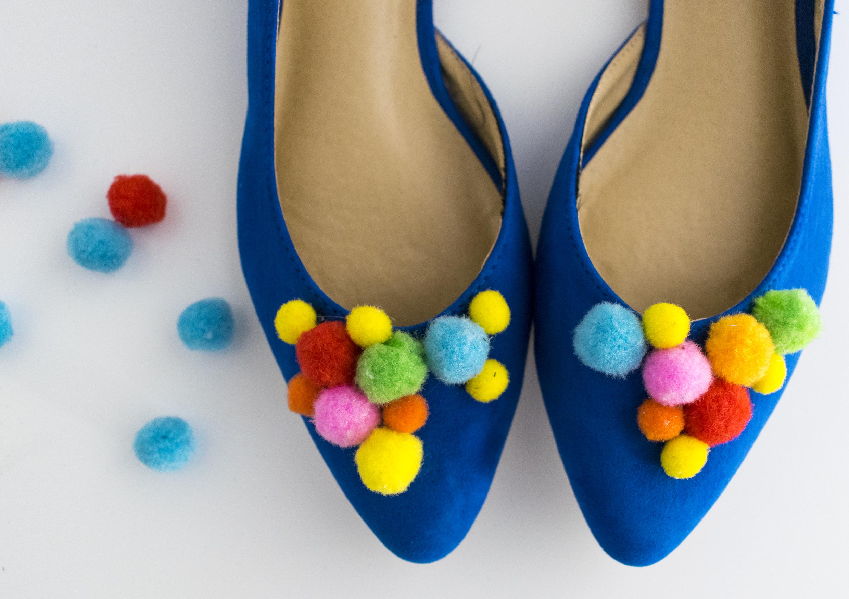Pompones-shoes-4